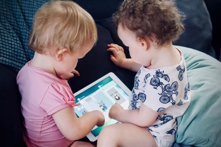 Tehnologia și copiii: pericol sauoportunitate?